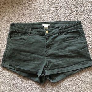 Olive H&M shorts